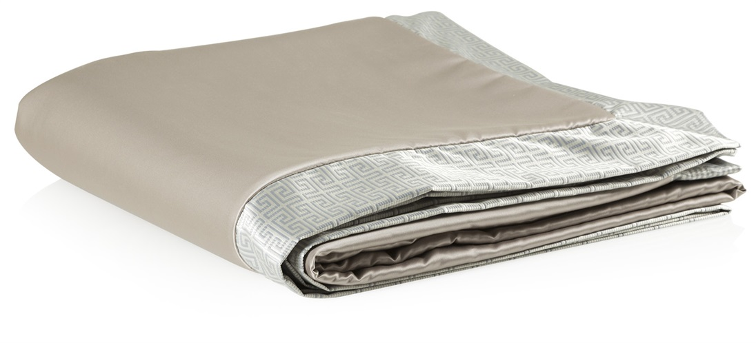 Clarence Bedspread Oxford Border Cushions Amp Throws The