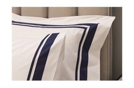 400tC Alessandro Duvet  Set    with a  Navy  Border