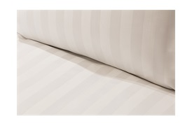600tc Caily Duvet Set   in white Stripes