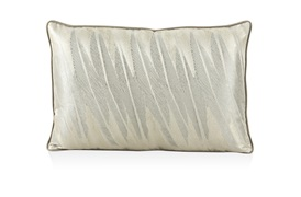 Lunae Cushion Collection