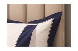300tc Varenna Duvet Set in a  Navy Border