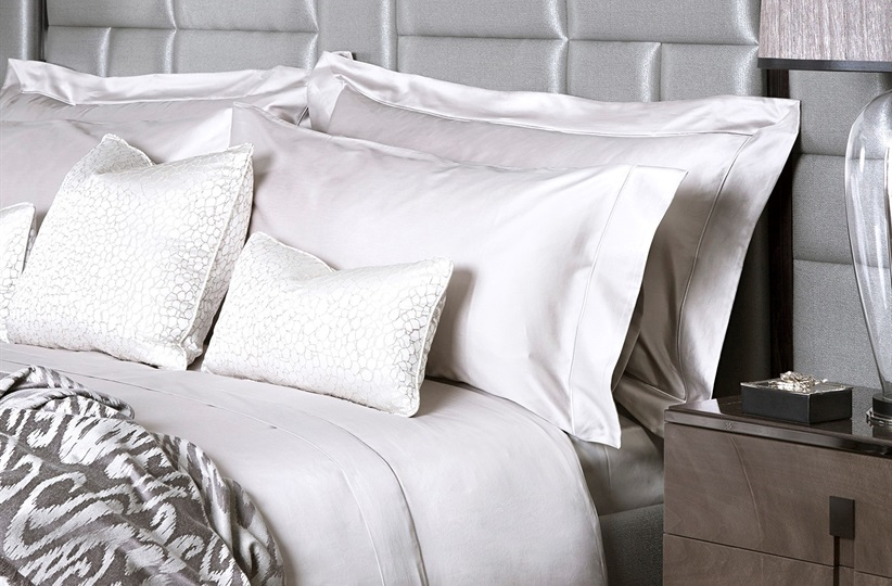 Finibus Beige Super King Embroidery Duvet Set with Super King pillowcases