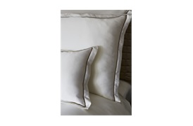 Boston Silk Bed linen             by Gingerlily