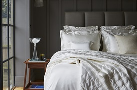 Ivory Silk Bed linen       by Gingerlily
