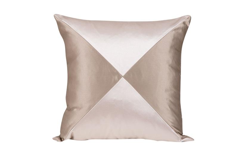 Echo Cushion