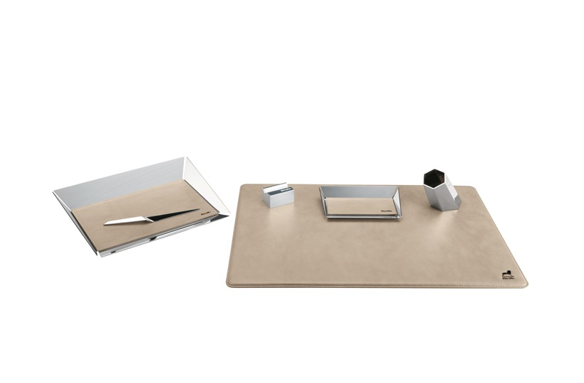 Gramercy 6 Pieces Desk Set by Smania