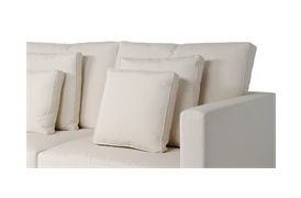Piped box cushion