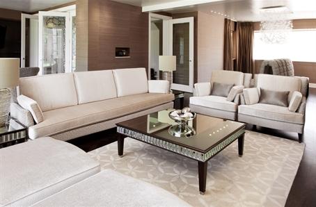 Living Room - 19