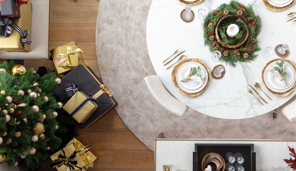 Luxury Dining Tables & Desks