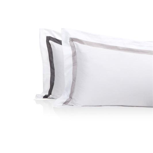 Finibus Border Standard Oxford Pillowcases White/Beige